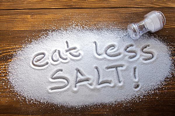 每天多吃1克鹽,癌症、心臟病等死亡風險高12%