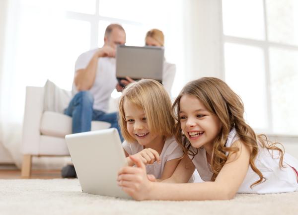 兒童長時間使用螢幕,心理健康較差