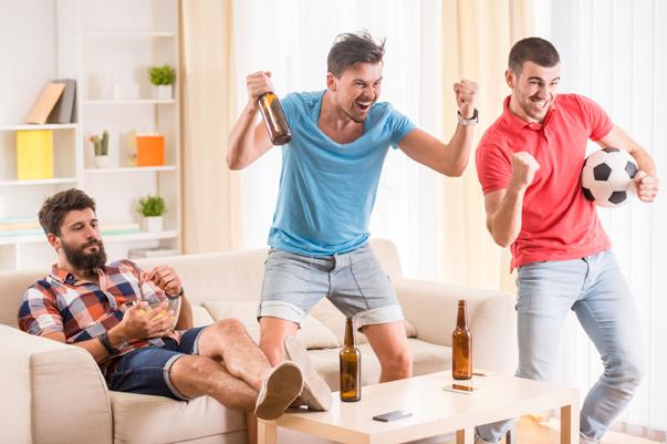少量酒精可幫助大腦清除與阿茲海默症相關的代謝廢物
