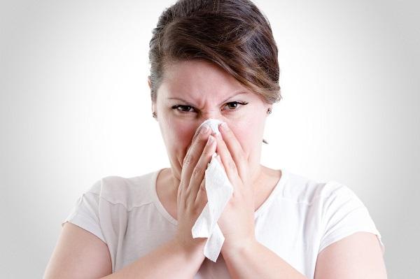 鼻塞、膿鼻涕怎麼辦?請看鼻竇炎國際治療指引